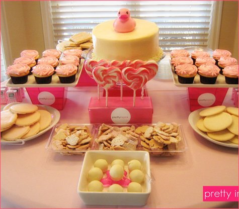 Real Parties Pretty In Pink Baby Shower Hostess With The Mostess