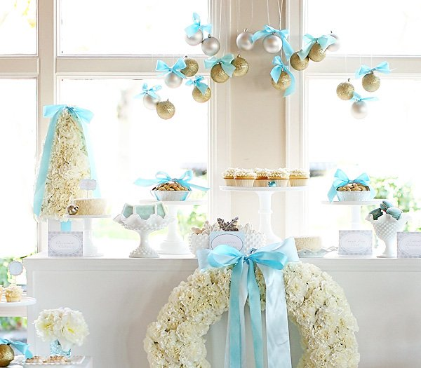 Heavenly Holiday Tiffany Dessert Table