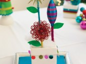 modern holiday centerpiece idea