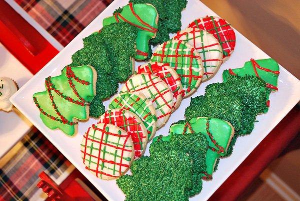 plaid Christmas party ideas