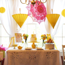Lemonade Stand Soiree Tablescape