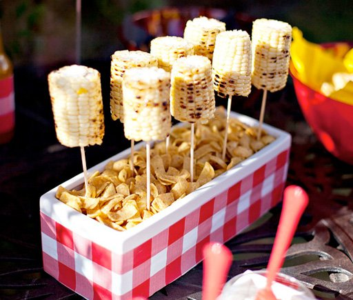 Summer BBQ Theme + Free Party Printables // Hostess With