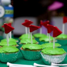 golf birthday cupcakes