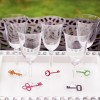 glitterskeletonkey_wineglasses_3