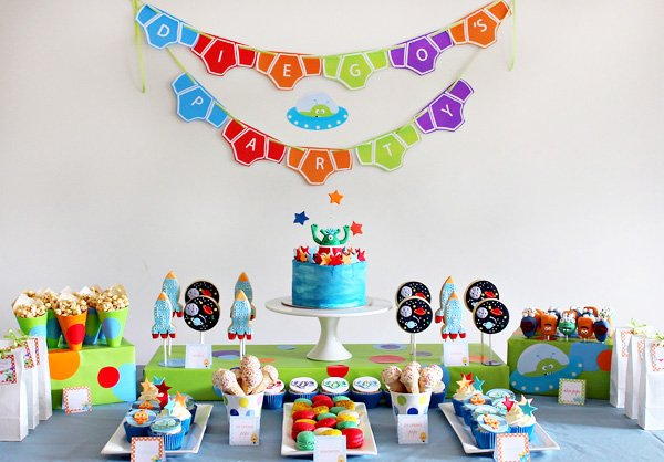 Aliens Love Underpants Birthday Party Ideas