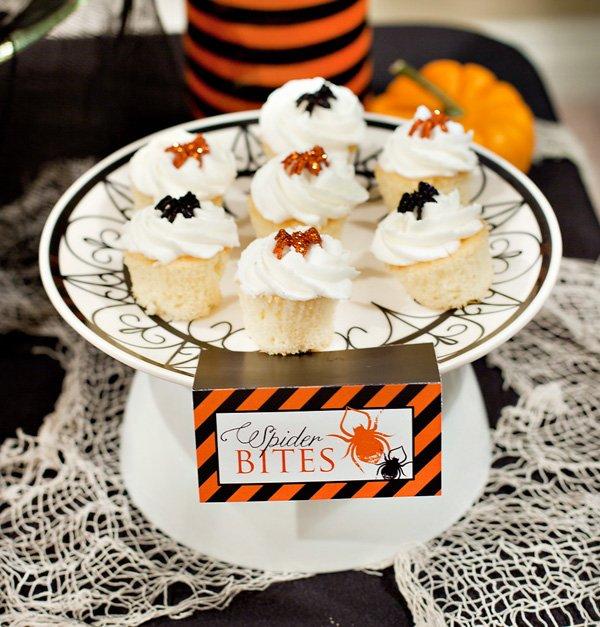 Halloween Glitter Spider Cupcakes