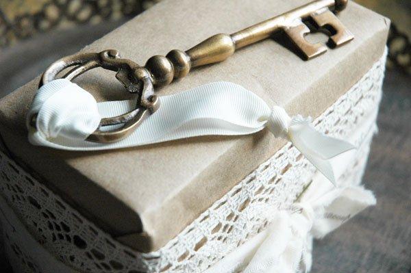 Santa's Key - vintage skeleton key