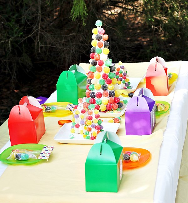 gumdrop candy party kids table, place settings and centerpiece