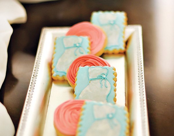 vintage baby shower cookies - pregnant belly and roses