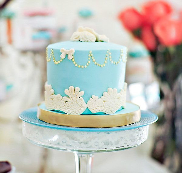 Vintage lace baby shower cake - blue and white