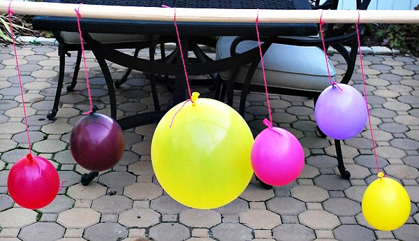 balloons on a rod