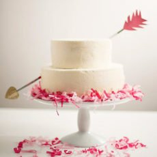 1-cupids-arrow-cake