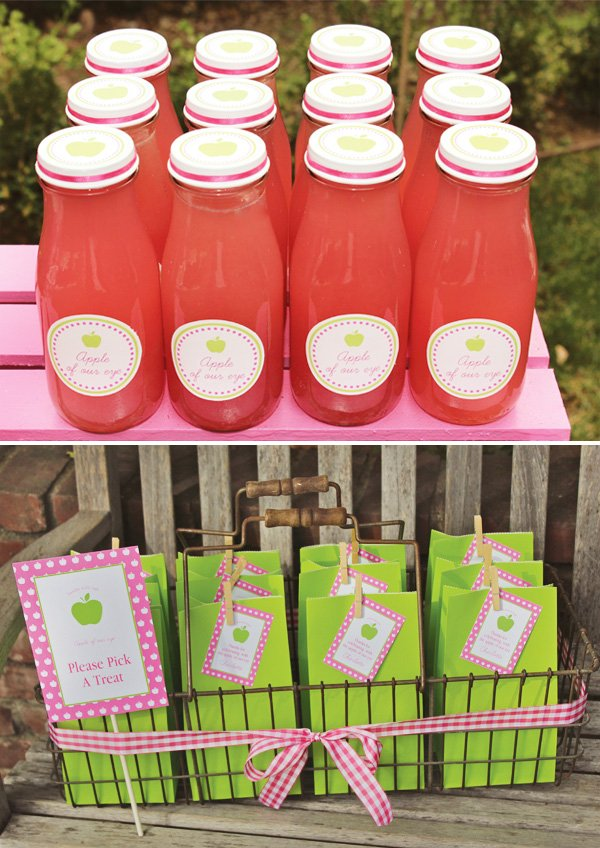 Charlottes Apple of My Eye Party Drinks and Favors