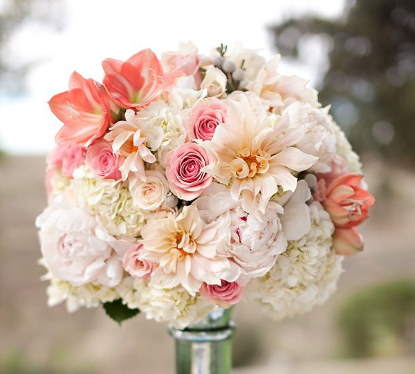pink and white wedding centerpiece