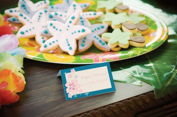 luau birthday party palm tree and starfish cookies