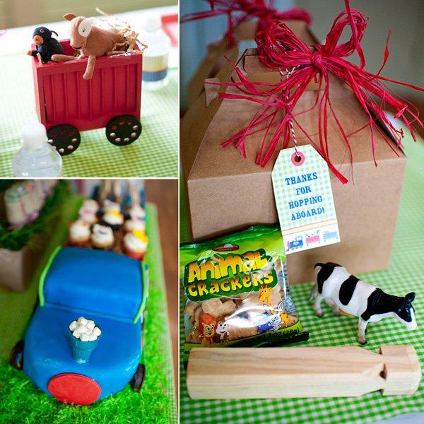 choo choo animal farm party favors of animal crackers and cake display