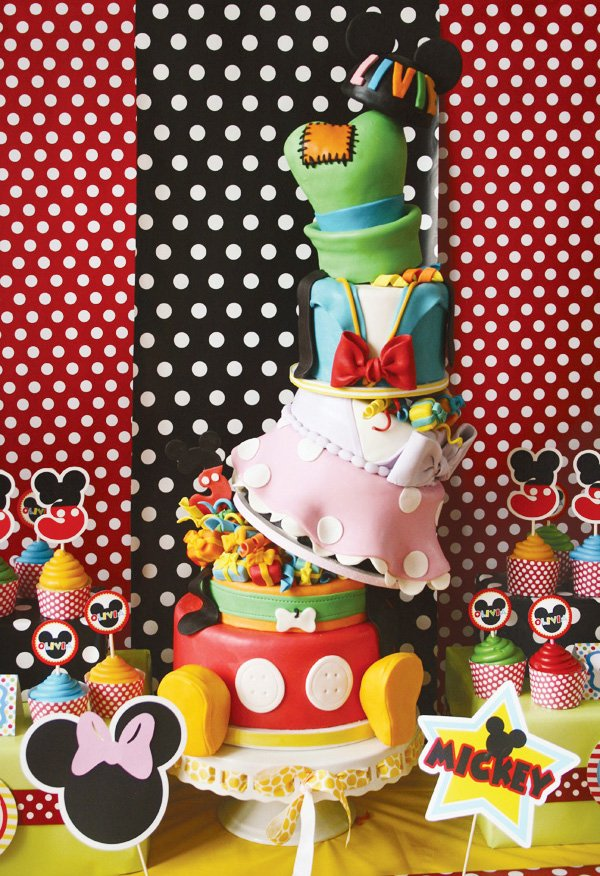 incredible disney birthday party cake