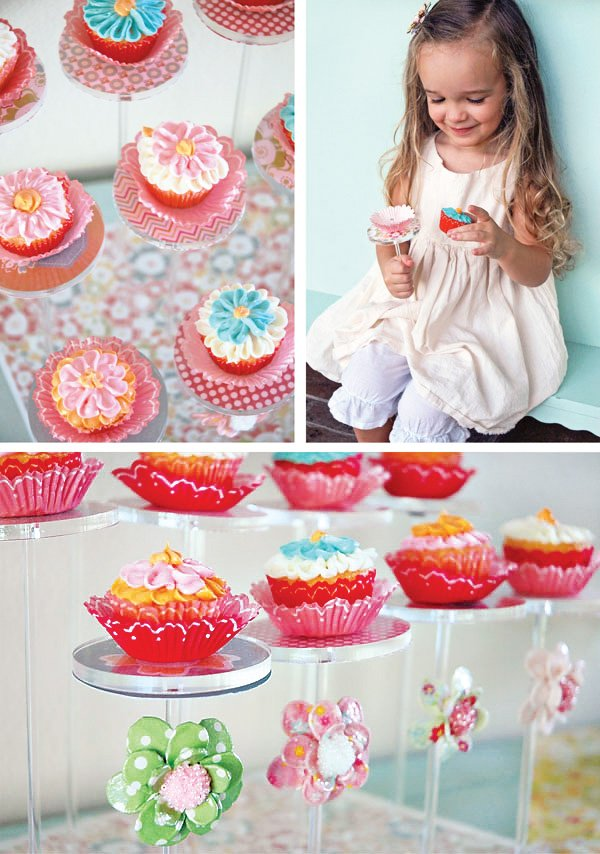 colorful flower cupcakes on the pastry pedestal