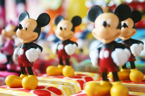 disney mickey mouse party favors