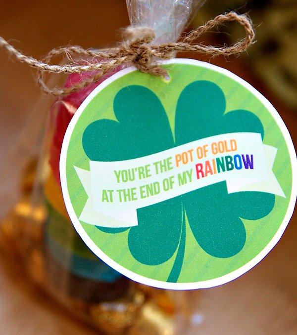 Shamrock Favor Tag - Free St. Patrick's Day Printables