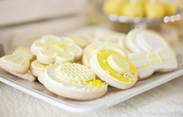 derby party fundraiser in yellow cookies