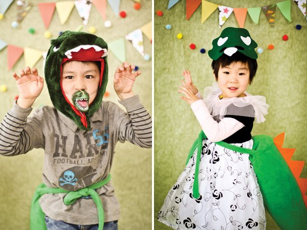dinosaur birthday party photo booth