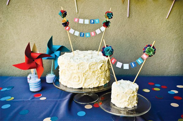 birthday cake and smash cake with DIY cake topper buntings