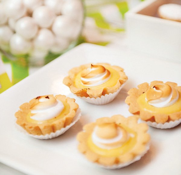 green baby shower lemon tarts
