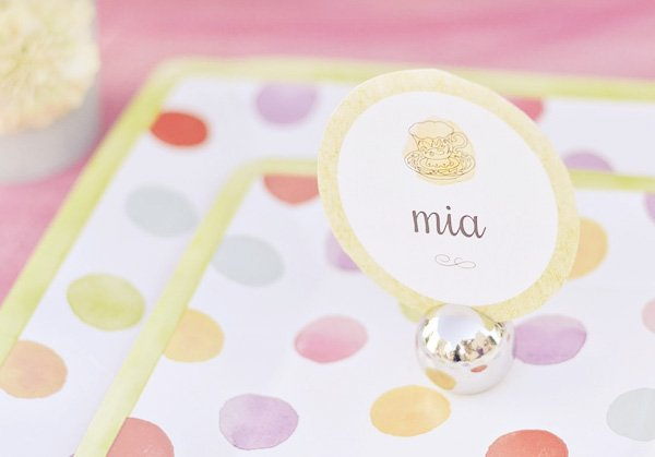 pink hula hoop party place setting