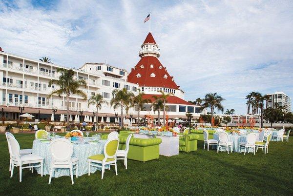 Hotel Del Windsor Lawn Wedding