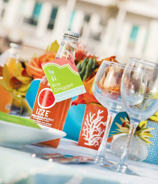 modern wedding with izze place card holders