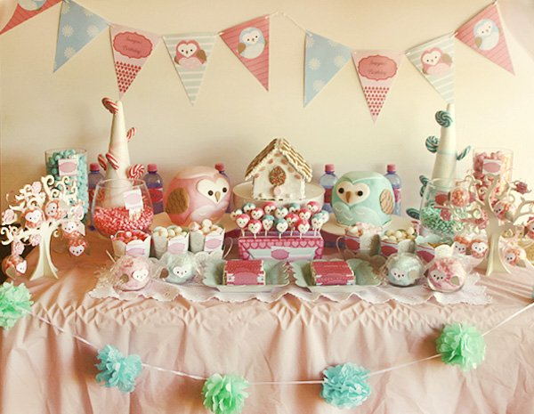owl love dessert table overall shot of everything