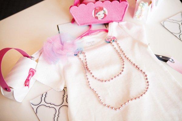 princess fashion t-shirt decoration as a party activity