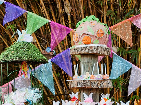 tinkerbell party pixie hollow cake