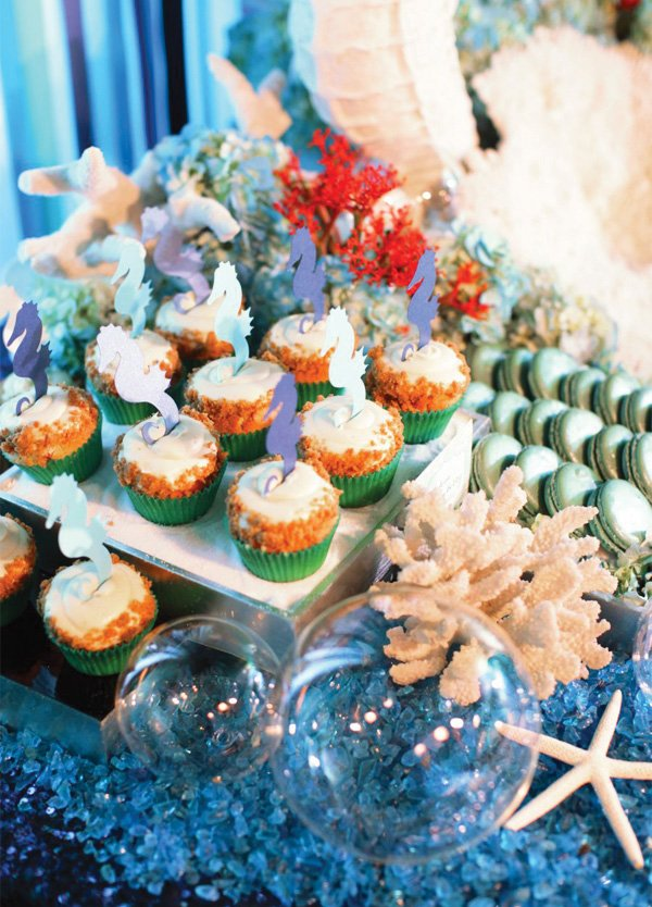 seahorse cupcakes for under the sea birthday party