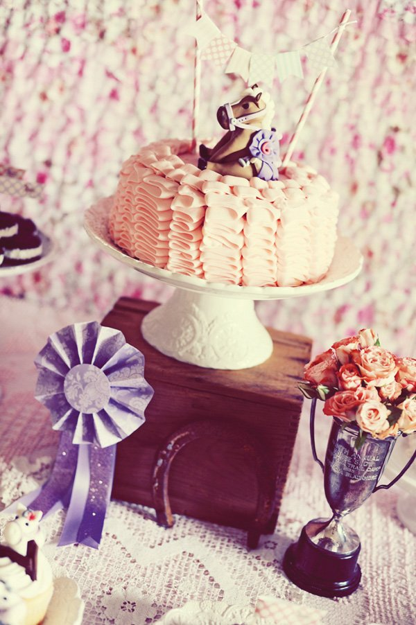 vintage pony party cake with fondant horse