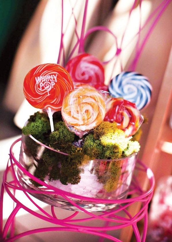 alice in wonderland lollipop display