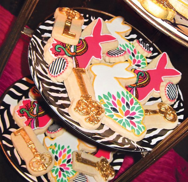 wonderland white rabbit and skeleton key cookies