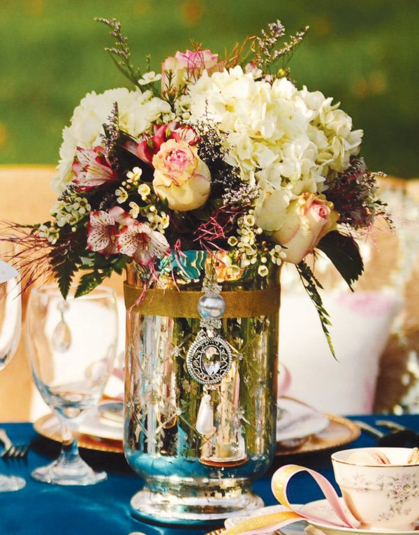 alice in wonderland and marie antoinette tablescape floral design