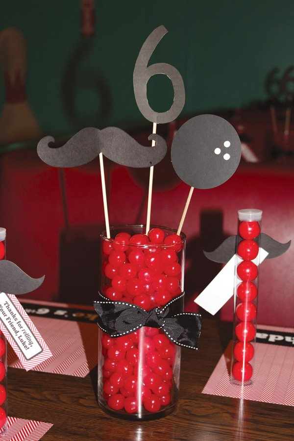 bowling party table centerpiece