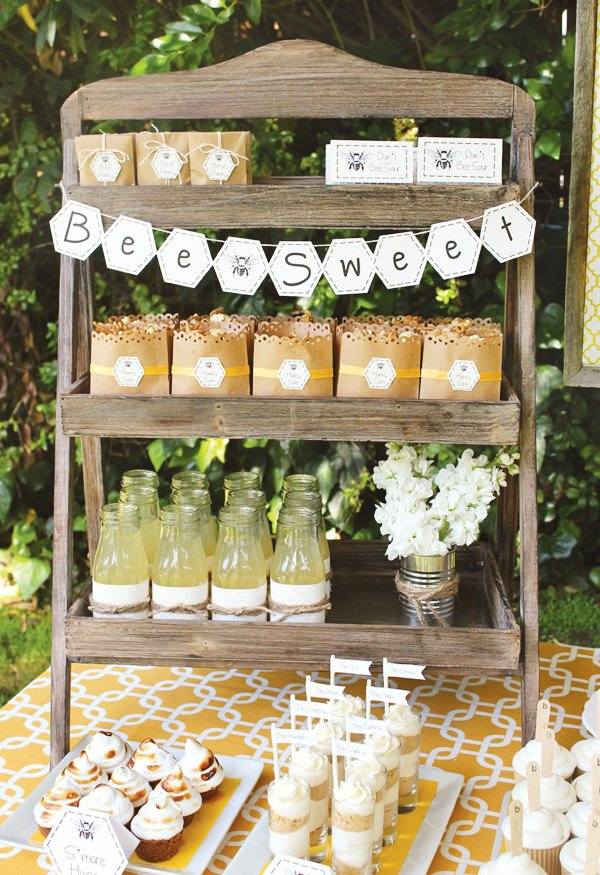 bumble bee party honeycomb banner