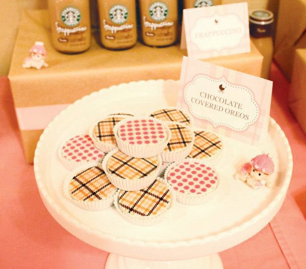 burberry baby shower with chocolate covered oreos