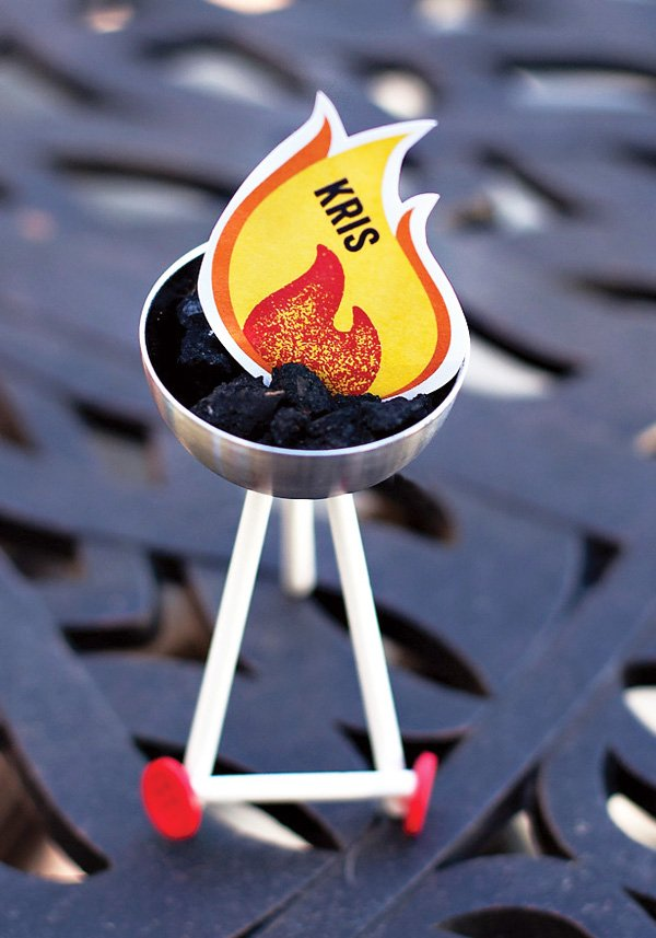 DIY mini bbq place card holders and fire place cards