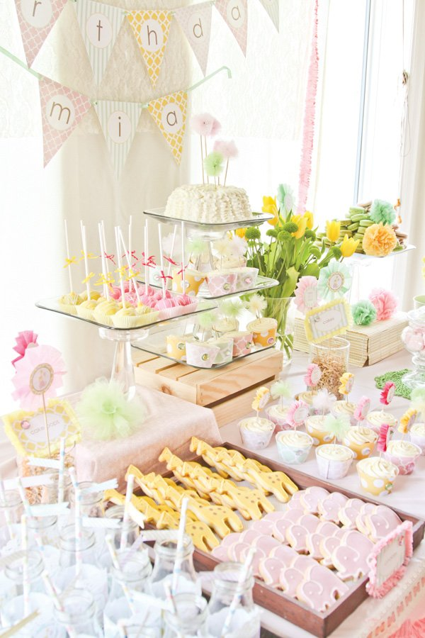 dreamy safari princess first birthday party