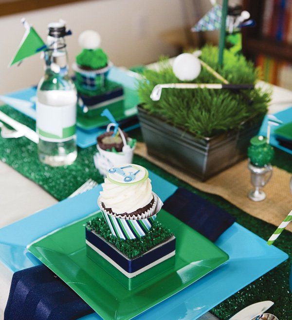 Father's day golf party table arrangement and decor