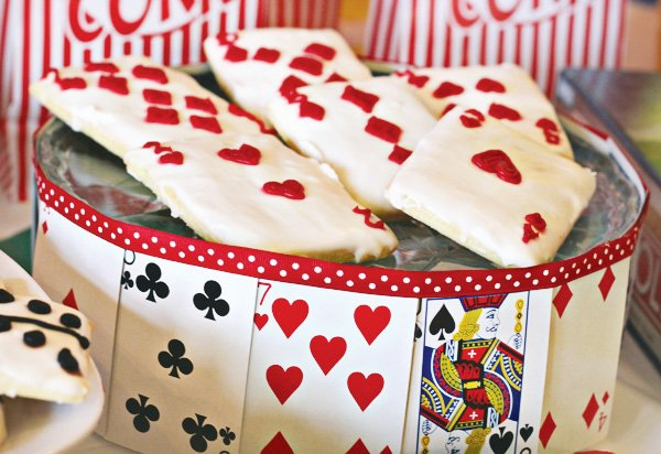 game night party ideas playing card cookies