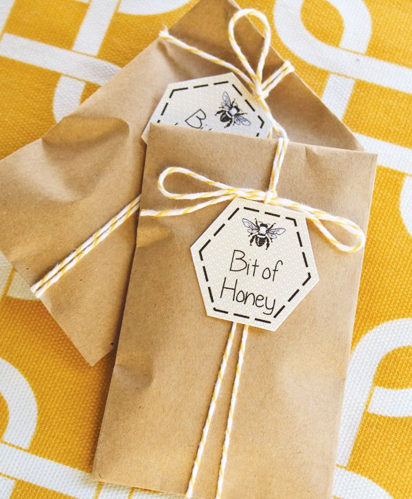 honey party favor