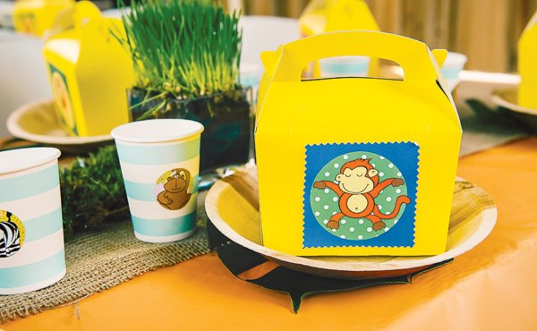 animal jungle party lunch boxes for the kids table