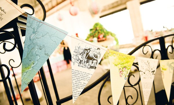 magic faraway tree party paper bunting