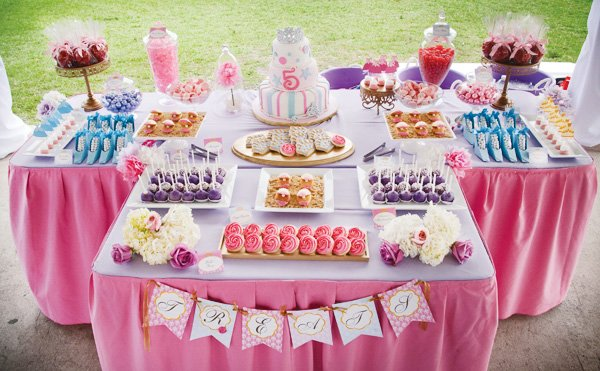 disney princess birthday party sweets table